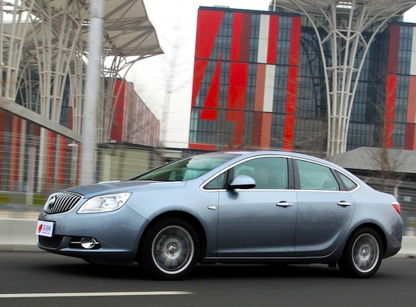 Buick Excelle GT China January 2014. Picture courtesy of chexun.com