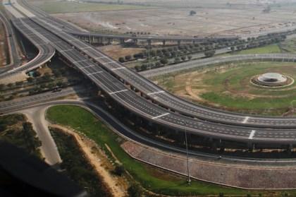Delhi Agra Expressway. Picture courtesy of automark-india.com