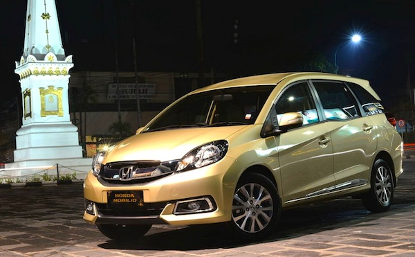 Honda Mobilio Indonesia May 2014. Picture courtesy of iotomotif.com