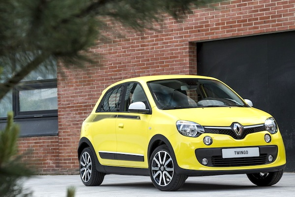 Renault Twingo III France May 2014. Picture courtesy of largus.fr
