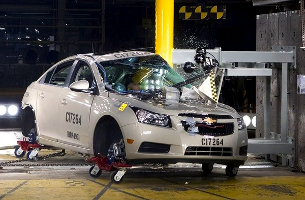 Chevrolet Cruze crash. Picture courtesy of autoblog.com