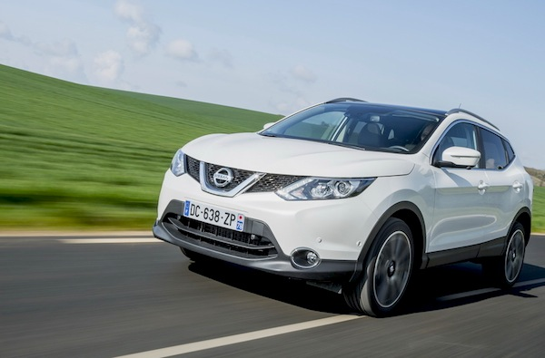 Nissan Qashqai France August 2014. Picture courtesy of largus.fr
