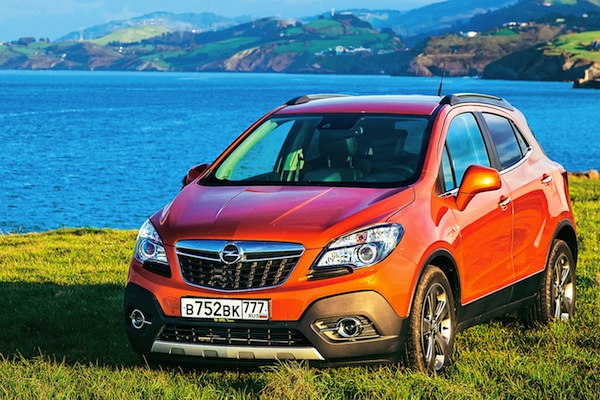 russia july 2014 renault logan up to 5 opel mokka in. Black Bedroom Furniture Sets. Home Design Ideas