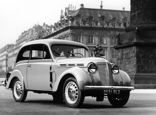 Renault Juvaquatre France 1937