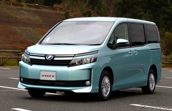 Toyota Voxy Japan July 2014. Picture courtesy of response.jp