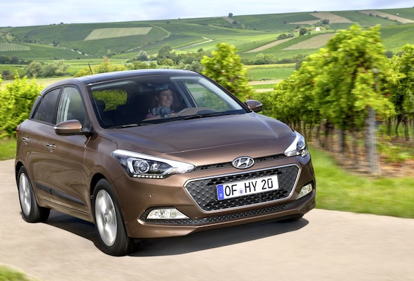 Hyundai i20 Czech Republic August 2014. Picture courtesy of largus.fr