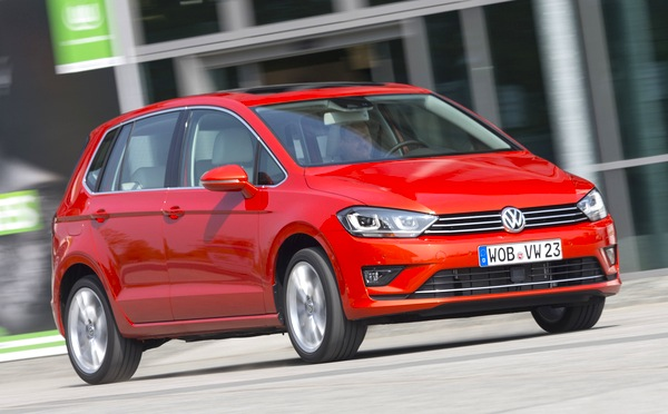 VW Golf Sportsvan Germany March 2015. Picture courtesy of automibile-magazine.fr