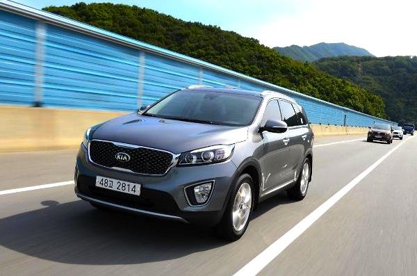 Kia Sorento South Korea September 2014. Picture courtesy of ajunews.com