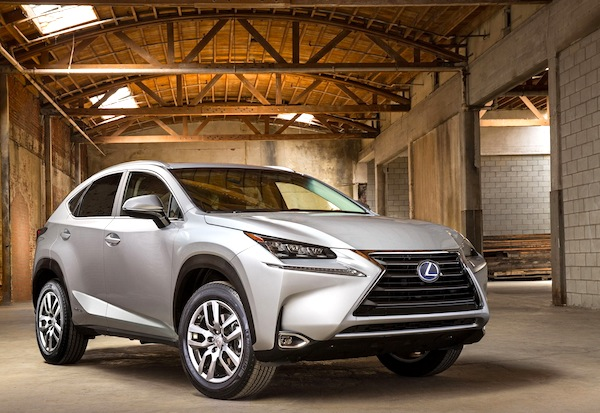 Lexus NX300h Spain September 2014. Picture courtesy of largus.fr