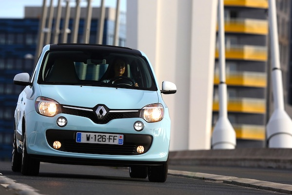 Renault Twingo III France September 2014. Picture courtesy of largus.fr