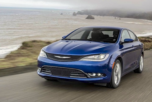 Chrysler 200 USA April 2015. Picture courtesy motortrend.com