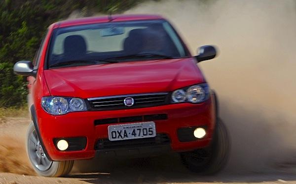 Fiat Palio Fire Way Brazil November 2014. Picture courtesy of carros.uol.com.br