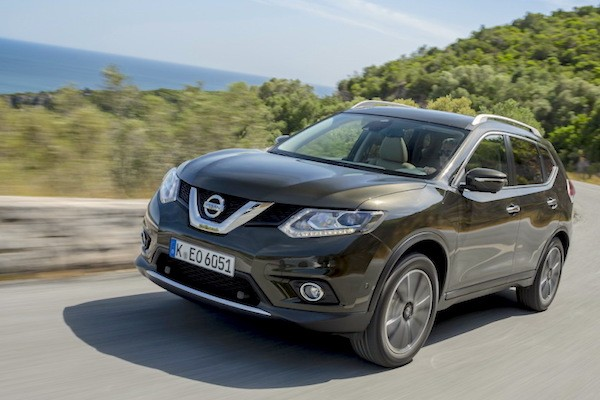 Nissan X-Trail Chile March 2015