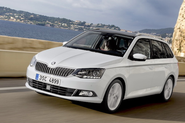 slovakia march 2015 skoda fabia edges into pole position. Black Bedroom Furniture Sets. Home Design Ideas