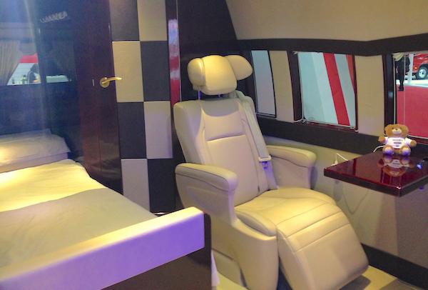 22. Joylong Hiace Premium interior