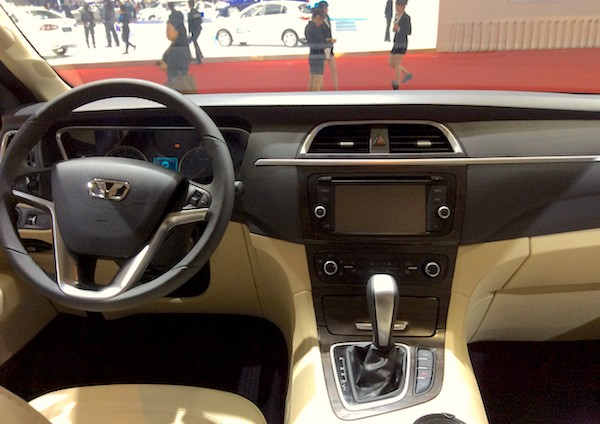 41. Huasong 7 interior