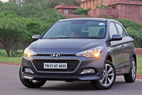 Hyundai Elite I20 India March 2015 Picture Courtesy Motoroids