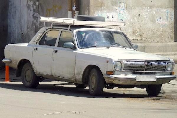 4. Gaz 24 Volga 3