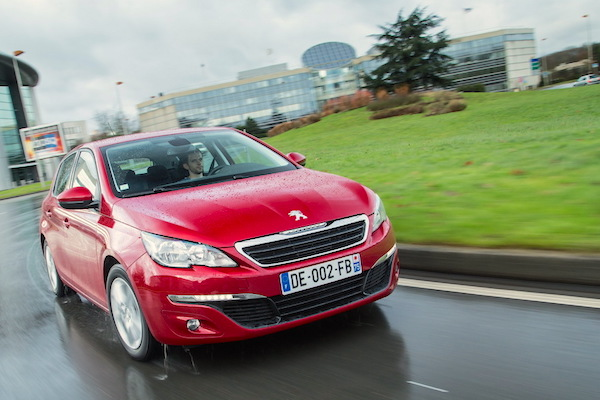 Peugeot 308 Spain October 2015. Picture courtesy largus.fr