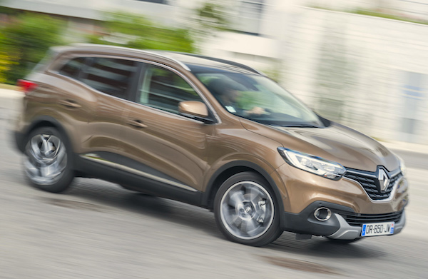 Renault Kadjar Europe 2015. Picture courtesy automobile-magazine.fr