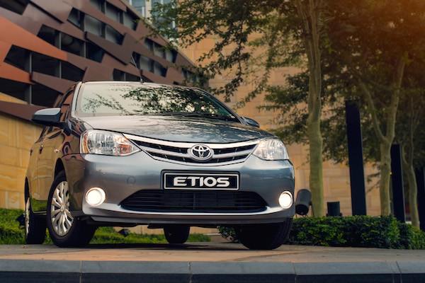 Toyota Etios Argentina November 2016