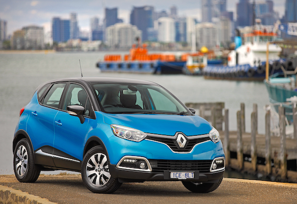 Renault Captur Portugal February 2016