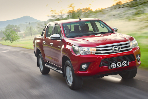 Toyota Hilux Australia April 2016