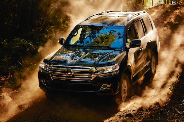 Toyota Land Cruiser Jordan April 2016. Picture courtesy cartavern.com