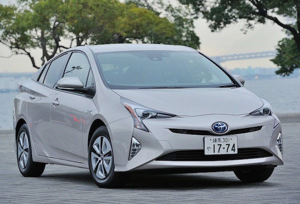 Toyota Prius Japan June 2016. Picture courtesy car.watch.impress.co.jp