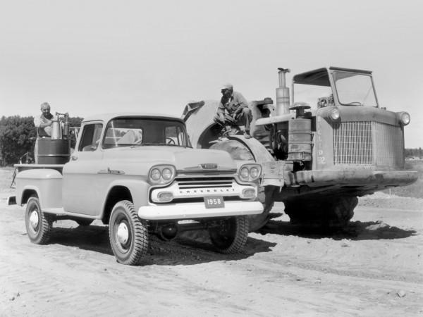 1958 Chevrolet-NAPCO Apache 36 Pickup