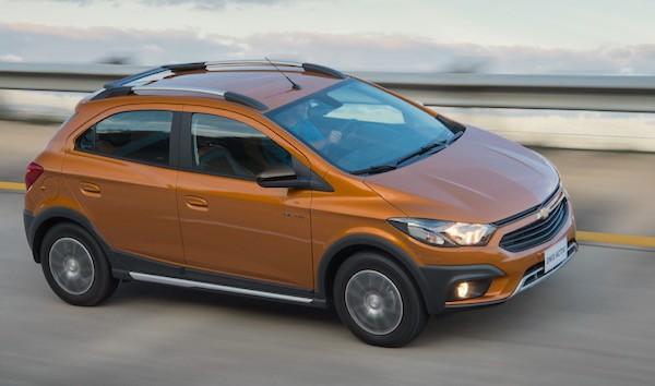 Chevrolet Onix Brazil August 2016
