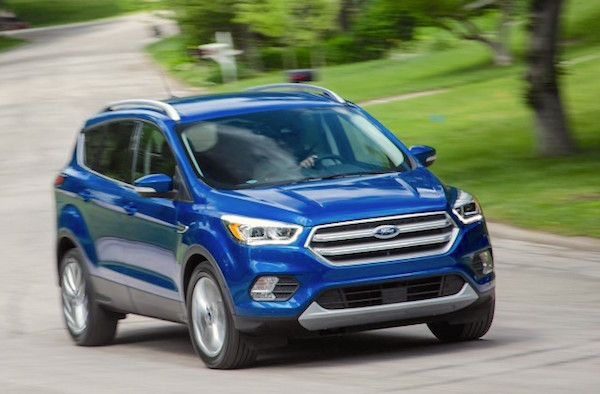 Ford Escape Canada November 2016. Picture courtesy caranddriver.com