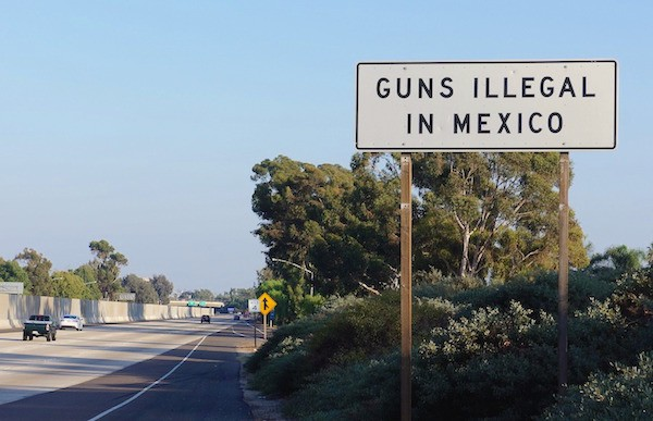 Gun roadsign USA. Picture courtesy Caitlin Trimble via news-images.vice.com