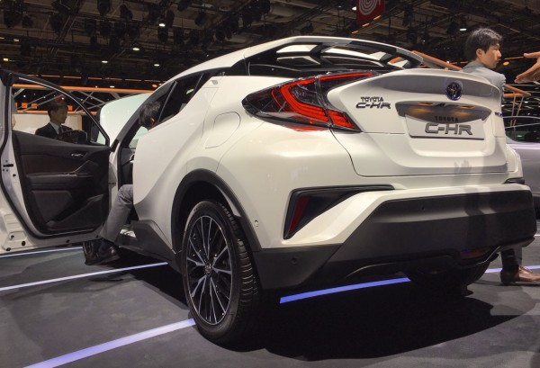 toyota-c-hr-paris-2016