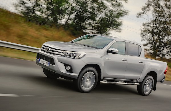 Toyota Hilux Thailand September 2016