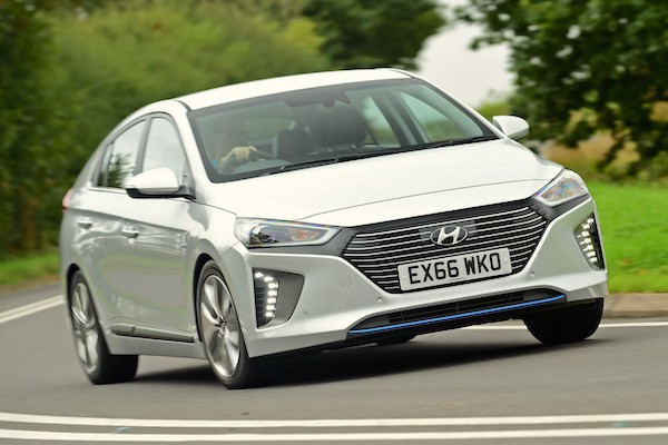 Hyundai Ioniq Norway November 2016-picture-courtesy-autoexpress-co-uk