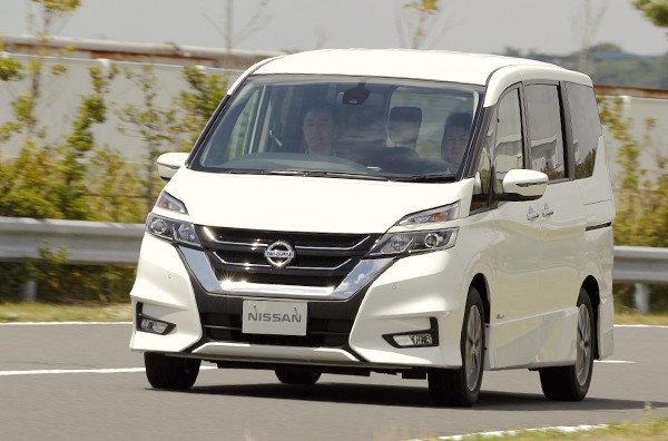 nissan-serena-japan-october-2016-picture-courtesy-autoc-one-jp