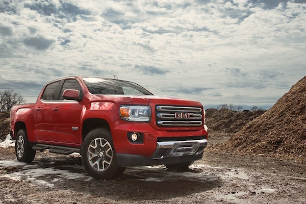 gmc-canyon-canada-november-2016-picture-courtesy-caranddriver-com