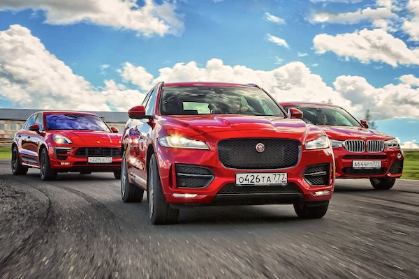 jaguar-f-pace-russia-november-2016-picture-courtesy-zr-ru