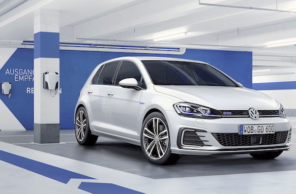VW Golf Netherlands 2016
