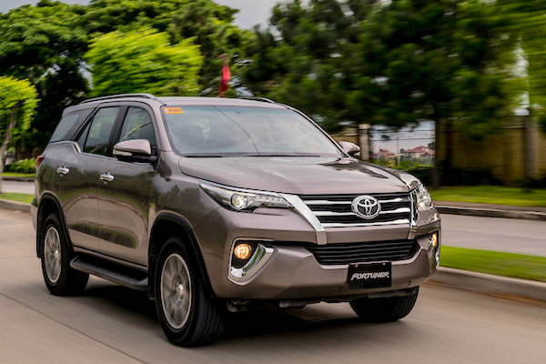 The Fortuner Posts Its First Annual Win In The Philippines, Ending 9 Years  Of Vios Domination.