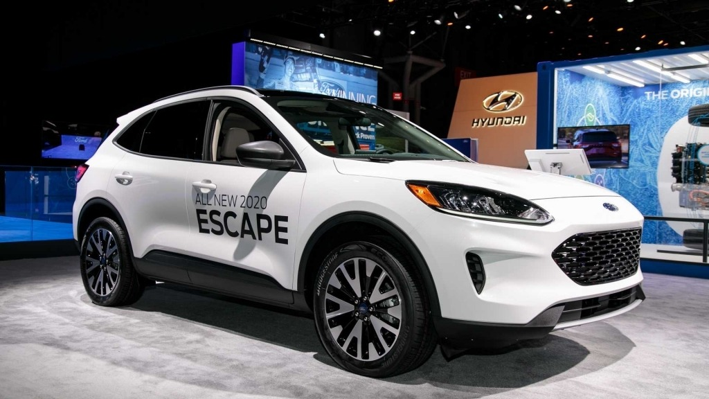 2021 Ford Escape ST Engine