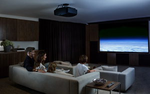 Sony VPL VW675ES Native 4K HDR 3D SXRD Home Theater Projector Bg