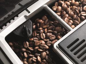 DeLonghi ECAM22110SB Compact Automatic Cappuccino, Latte And Espresso Machine 2