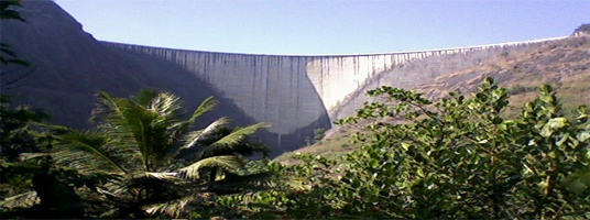arch dam tourist places in idukki