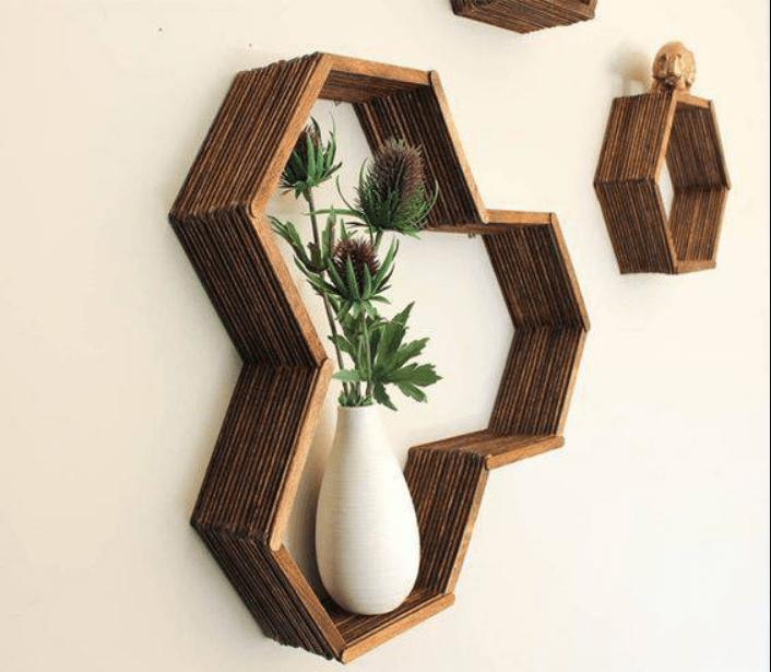 hiasan dinding dari kayu bekas
