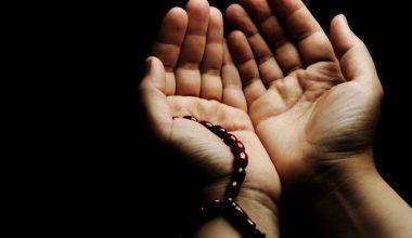 berdoa dan berdzikir