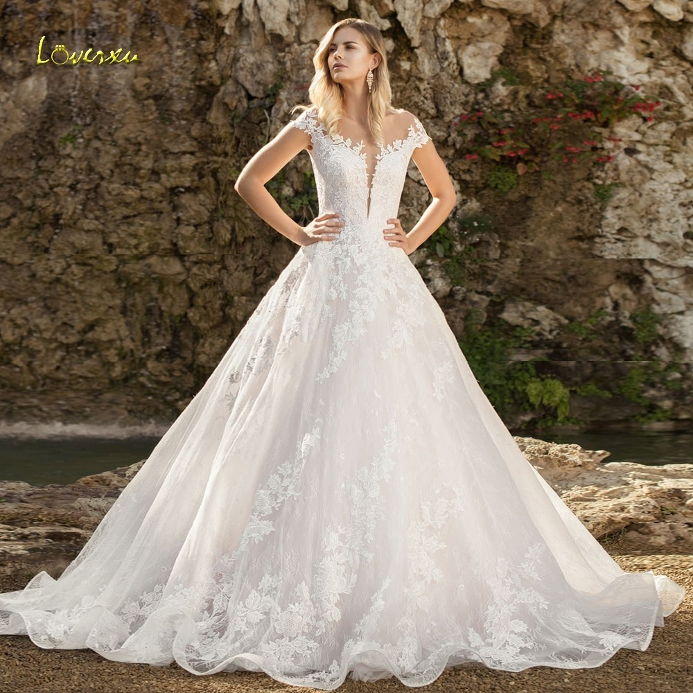 Choosing Brides Dresses From an Affordable Bridal Shop