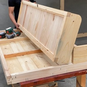 Creative Ideas For Your Workshop // Build Convertible Bed And Desk Kit - Suitable For Lunch Break