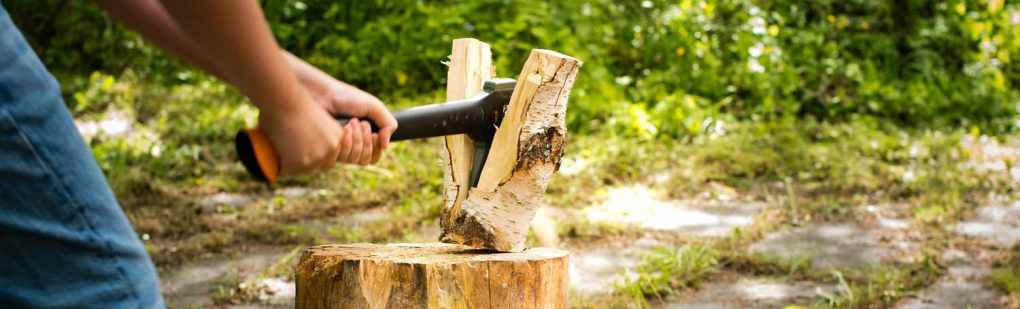 best wood chopping axe